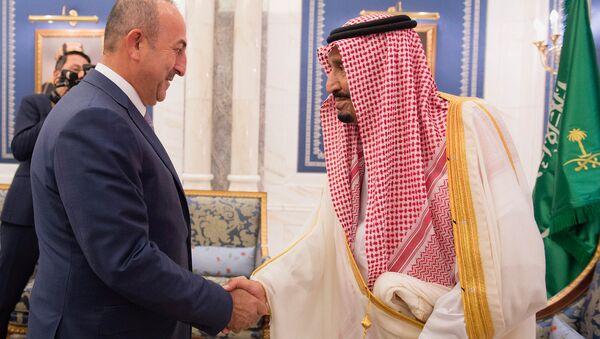 Dışişleri Bakanı Mevlüt Çavuşoğlu-Suudi Arabistan Kralı Selman bin Abdülaziz el Suud - Sputnik Türkiye