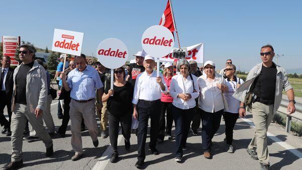 CHP Genel Başkanı Kemal Kılıçdaroğlu-Adalet Yürüyüşü - Sputnik Türkiye