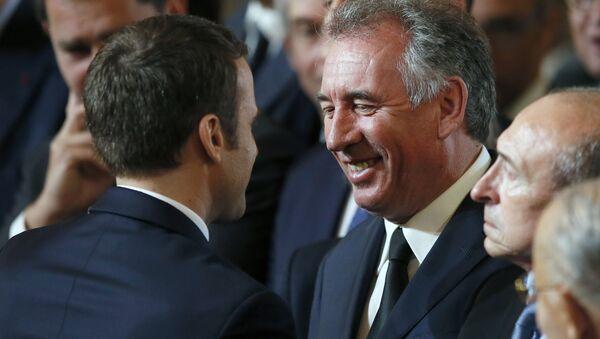 Emmanuel Macron-François Bayrou - Sputnik Türkiye