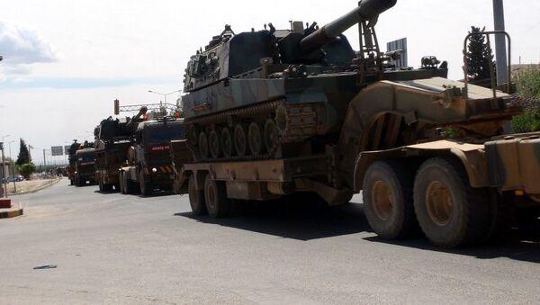 Suriye'ye tank sevkiyatı - Sputnik Türkiye