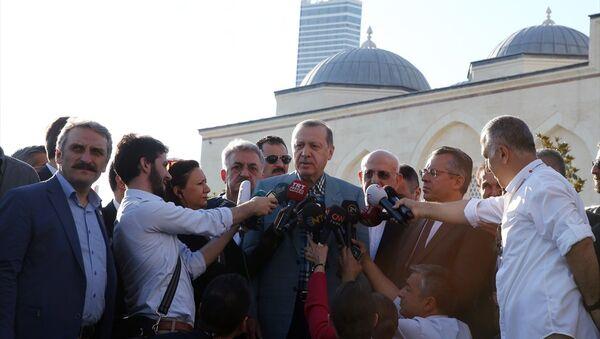 Cumhurbaşkanı Recep Tayyip Erdoğan / Ramazan Bayramı namazı - Sputnik Türkiye