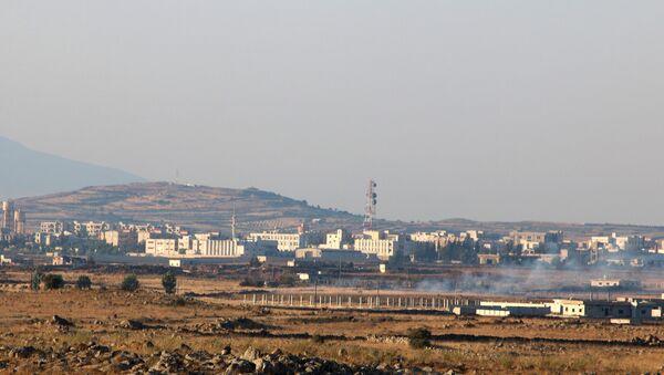 Suriye - İsrail işgali altındaki Golan Tepeleri sınırındaki Kuneytra - Sputnik Türkiye