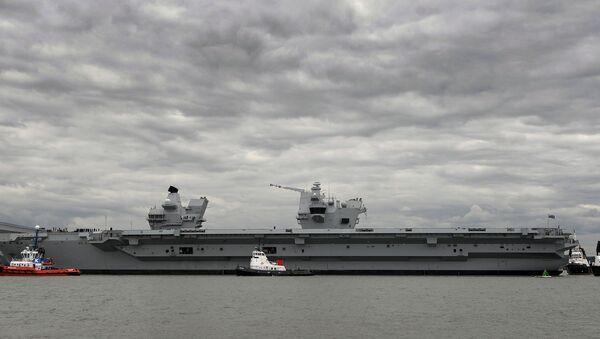 Kraliçe Elizabeth uçak gemisi - Sputnik Türkiye