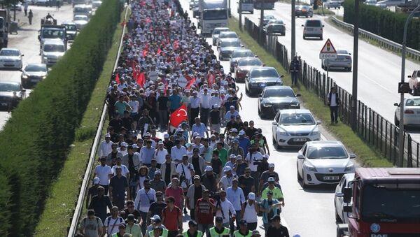 Adalet Yürüyüşü'nün 14. günü - CHP lideri Kemal Kılıçdaroğlu - Sputnik Türkiye