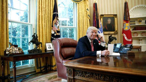 Donald Trump, Leo Varadkar'la telefonda görüştü - Sputnik Türkiye