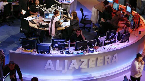 A general view shows the newsroom at the headquarters of the Qatar-based Al-Jazeera satellite channel in Doha - Sputnik Türkiye