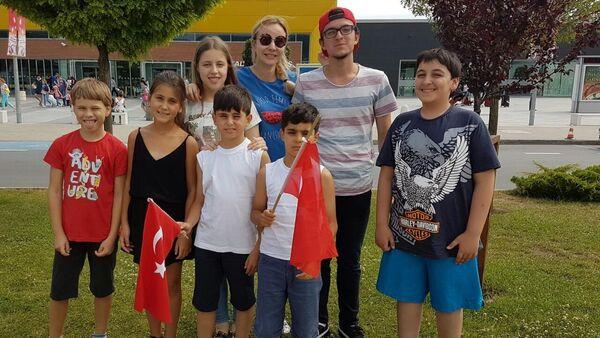 Türkiye'den 6 başarılı çocuk Rosatom Okulu'na gidiyor - Sputnik Türkiye
