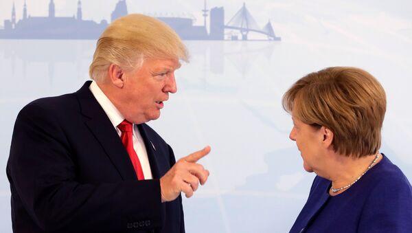 ABD Başkanı Donald Trump ile Almanya Başbakanı Angela Merkel - Sputnik Türkiye
