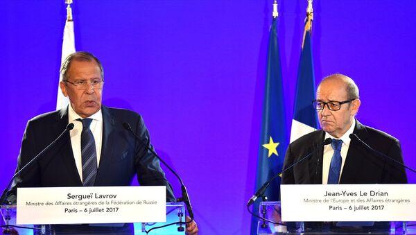 Rusya Dışişleri Bakanı Sergei Lavrov - Fransa Dışişleri Bakanı Jean-Yves Le Drian - Sputnik Türkiye
