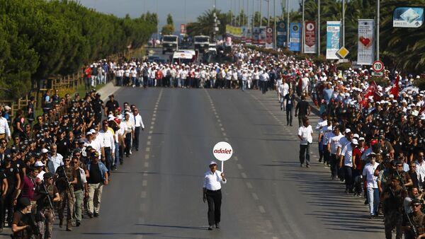 Kemal Kılıçdaroğlu - Adalet Yürüyüşü - Sputnik Türkiye