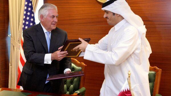 ABD Dışişleri Bakanı Rex Tillerson, Katar Dışişleri Bakanı Muhammed bin Abdulrahman el Sani - Sputnik Türkiye