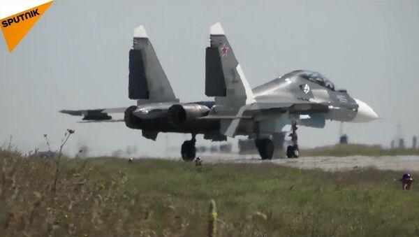 Rusya'dan Sivastopol'de Su-30SM savaş uçaklarıyla tatbikat - Sputnik Türkiye