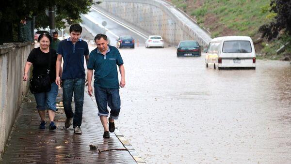 İstanbul'da sağanak yağış - Sputnik Türkiye