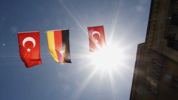 Almanya-Türkiye Bayrağı - Sputnik Türkiye