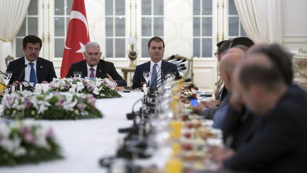 Başbakan Yıldırım, Alman yatırımcılarla buluştu - Sputnik Türkiye