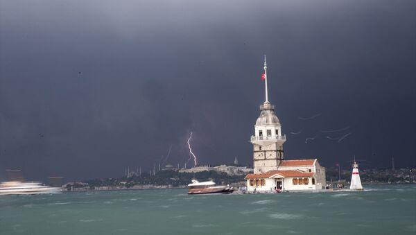 İstanbul'da şiddetli sağanak - fırtına - yağmur - Sputnik Türkiye