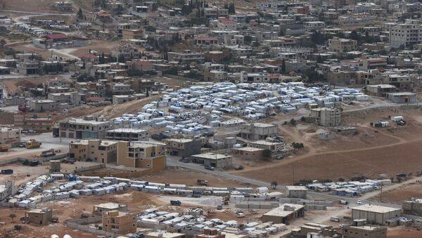 Arsel'de Suriyelilerin kaldığı mülteci kampı - Sputnik Türkiye