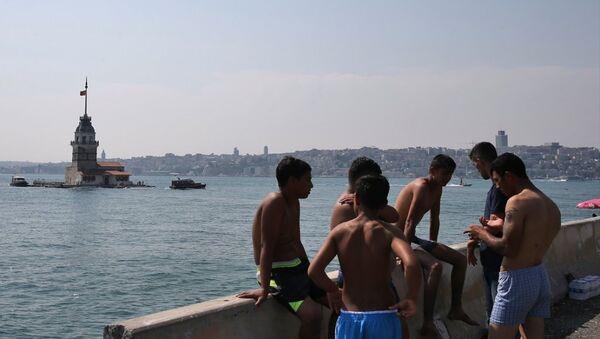 İstanbul'da sıcak hava - Sputnik Türkiye