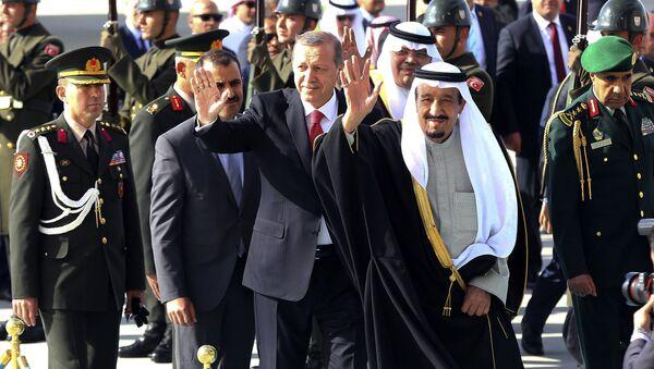 Cumhurbaşkanı Recep Tayyip Erdoğan-Suudi Arabistan Kralı Salman bin Abdülaziz - Sputnik Türkiye