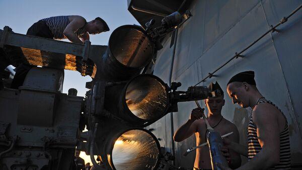 Suriye'nin Tartus kentindeki Rus üssünde görev yapan askerler - Sputnik Türkiye