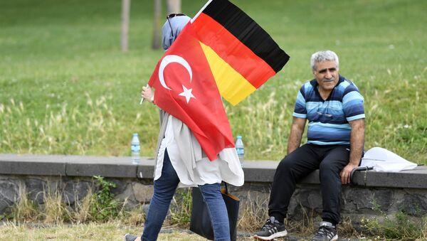 Almanya- Türkiye- Bayrak - Sputnik Türkiye