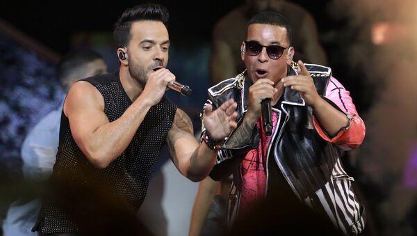 Luis Fonsi, Daddy Yankee, Despacito - Sputnik Türkiye