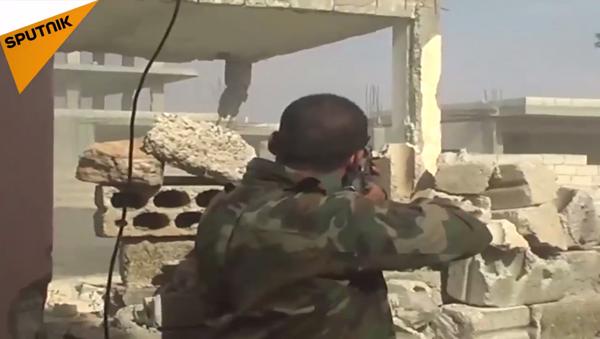 Suriye ordusundan kentsel alanda çatışma tatbikatı - Sputnik Türkiye