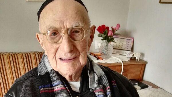 Dünyanın en yaşlı erkeği İsrail Kristal - Sputnik Türkiye