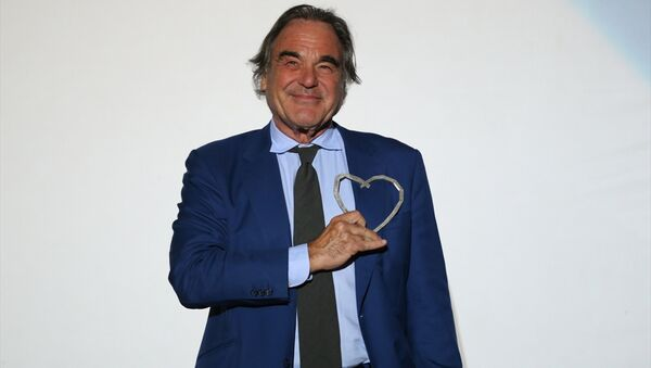 ABD'li yönetmen Stone'a 'Saraybosna'nın Kalbi Ödülü' - Sputnik Türkiye