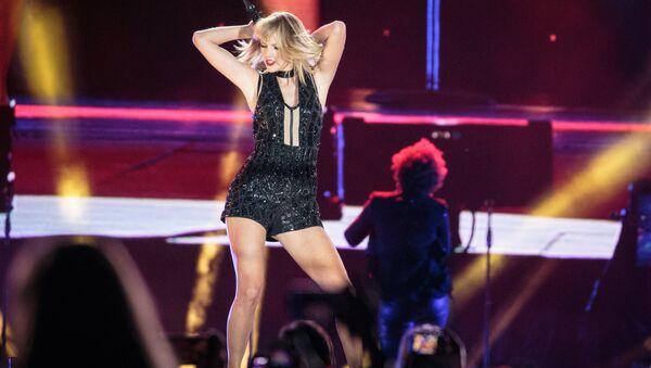 ABD'li şarkıcı Taylor Swift - Sputnik Türkiye
