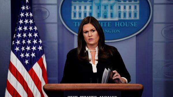 Beyaz Saray Sözcüsü Sarah Sanders - Sputnik Türkiye
