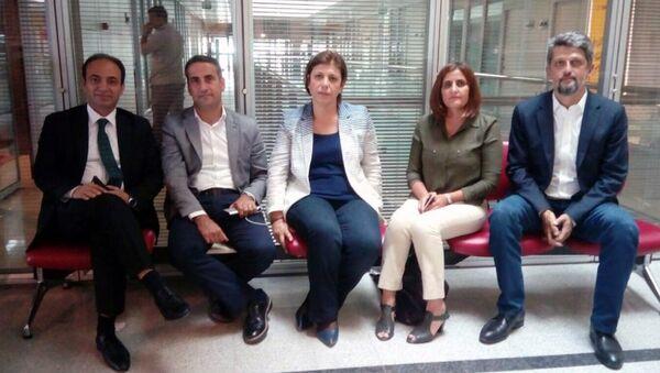 HDP, AYM binasında 'Vicdan ve Adalet Nöbeti'ne başladı - Sputnik Türkiye