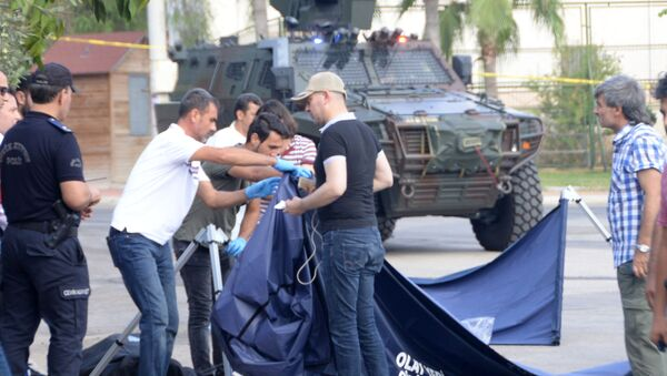 Mersin'de polis karakoluna saldırı girişimi - Sputnik Türkiye