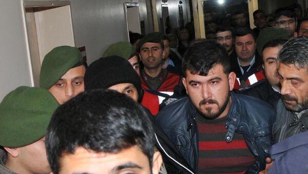 Özgecan'a tecavüzle suçlanan Fatih Gökçe - Sputnik Türkiye