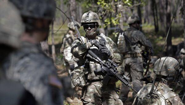 Askeri eğitim alan ABD askeri - Sputnik Türkiye