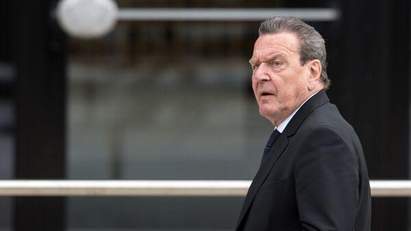 Eski Almanya Başbakanı Gerhard Schröder - Sputnik Türkiye