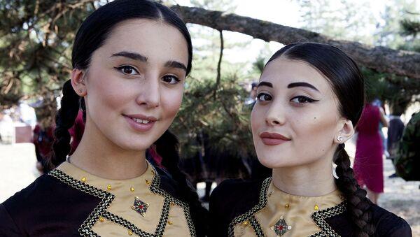 Güney Osetya'da  bağımsızlık günü kutlamaları - Sputnik Türkiye