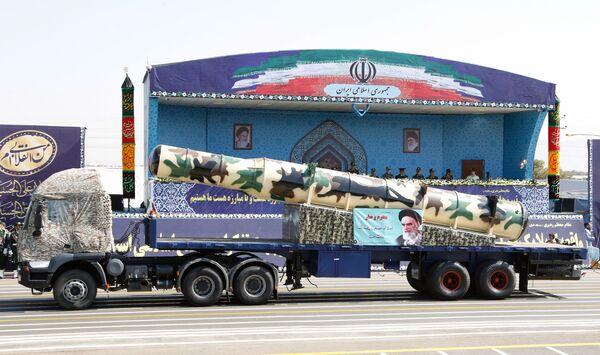 İran ordusunun kullandığı Rus malı S-300 füzesi - Sputnik Türkiye