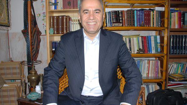 Kürdistan Demokrat Partisi (KDP) politbüro üyesi Ali Avni - Sputnik Türkiye