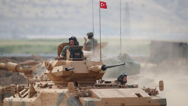 Türk ve Iraklı askerler, Türkiye-Irak sınırındaki Silopi'de ortak askeri tatbikat yapıyor  - Sputnik Türkiye