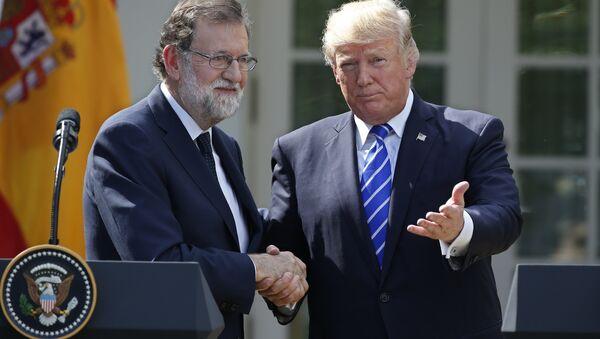 İspanya Başbakanı Mariano Rajoy ile ABD Başkanı Donald Trump - Sputnik Türkiye