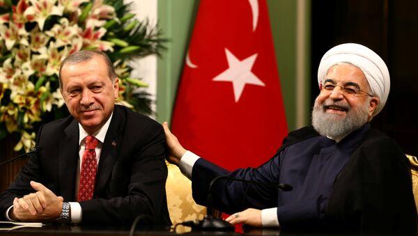 Cumhurbaşkanı Recep Tayyip Erdoğan- İran Cumhurbaşkanı Hasan Ruhani - Sputnik Türkiye