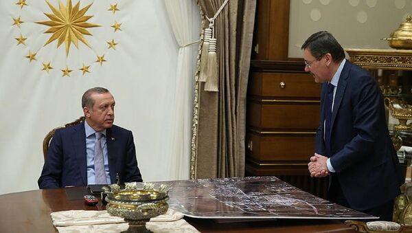 Cumhurbaşkanı Recep Tayyip Erdoğan ve Melih Gökçek - Sputnik Türkiye