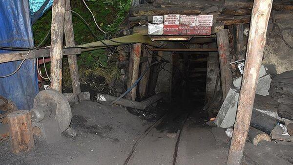 Kömür madeni, göçük - Sputnik Türkiye