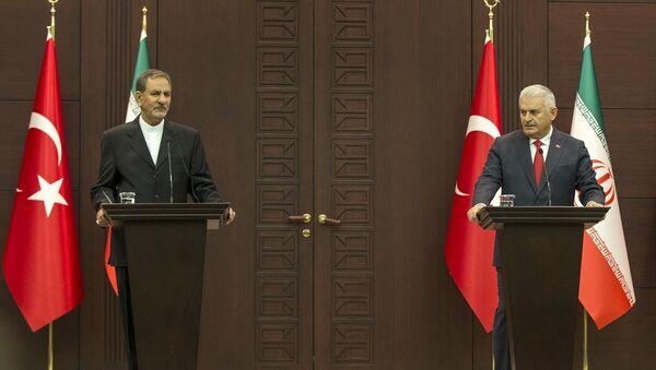 Başbakan Binali Yıldırım- İran Cumhurbaşkanı Birinci Yardımcısı İshak Cihangiri - Sputnik Türkiye