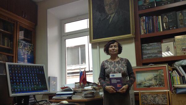 Yazar İnessa İvanova - Sputnik Türkiye