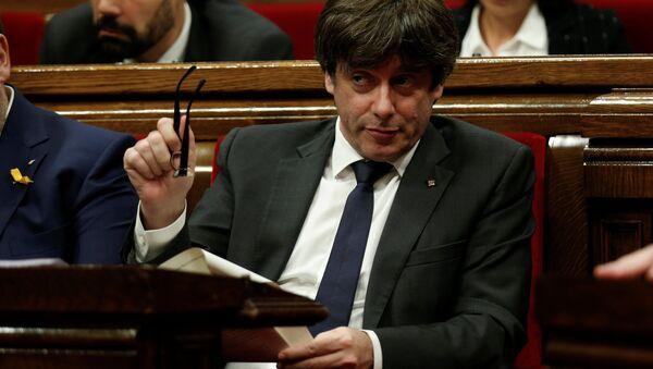 Katalonya Özerk Yönetimi Başkanı Carles Puigdemont - Sputnik Türkiye