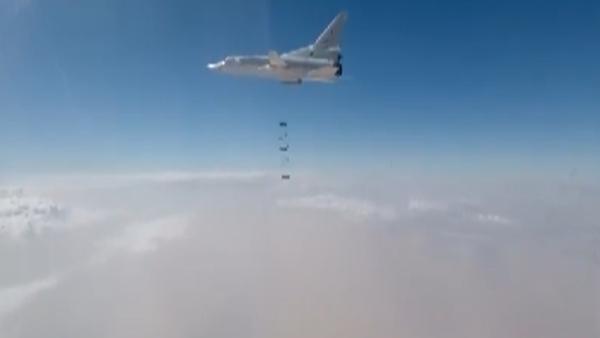 Rusya Savunma Bakanlığı - IŞİD - Bombardıman - Videohaber - Sputnik Türkiye