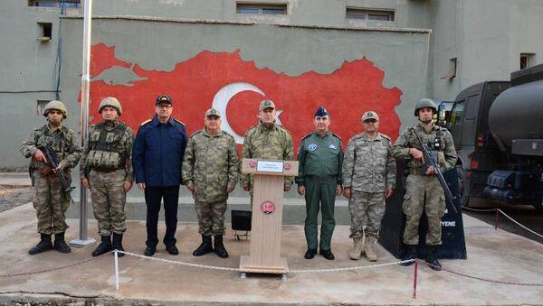 Genelkurmay Başkanı Hulusi Akar ve kuvvet komutanları Hakkari Şemdinli'de - Sputnik Türkiye