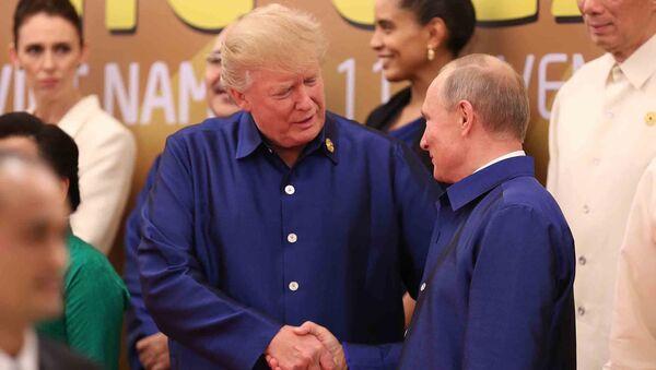 ABD Başkanı Donald Trump ve Rusya Devlet Başkanı Vladimir Putin - Sputnik Türkiye